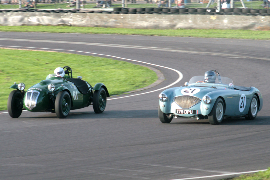 Newcomers share the track. The Hunt/Blakeney-Edwards Frazer Nash Le Mans Replica and Robert Clarke's Austin Healey 100