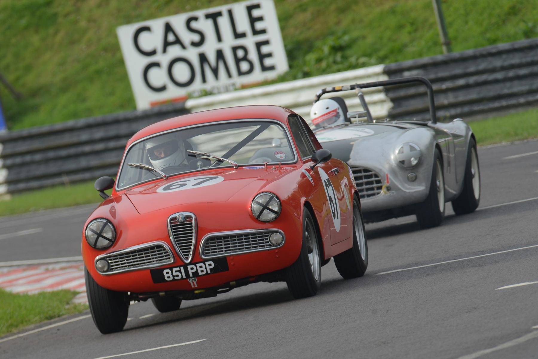 The Alfa Romeo Guilia sprint of Graham Oakins (26th)                         Photo - Ollie Read