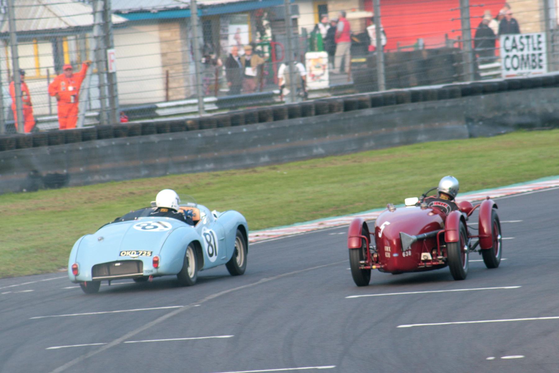 Mark Gillies gets ahead as Richard Gane runs wide  Photo - John Turner