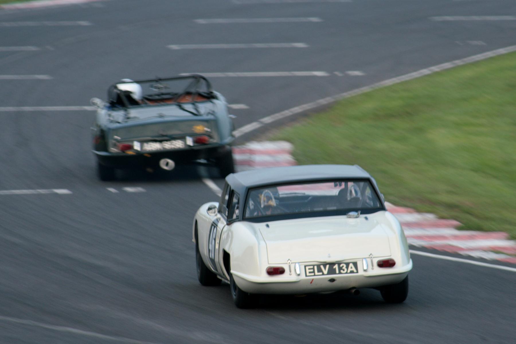 Jonathan Loader chases Sean Kukula, both in Elva Courier Mk4Ts. Anyone got a decent pic of Sean's car? Photo - John Turner