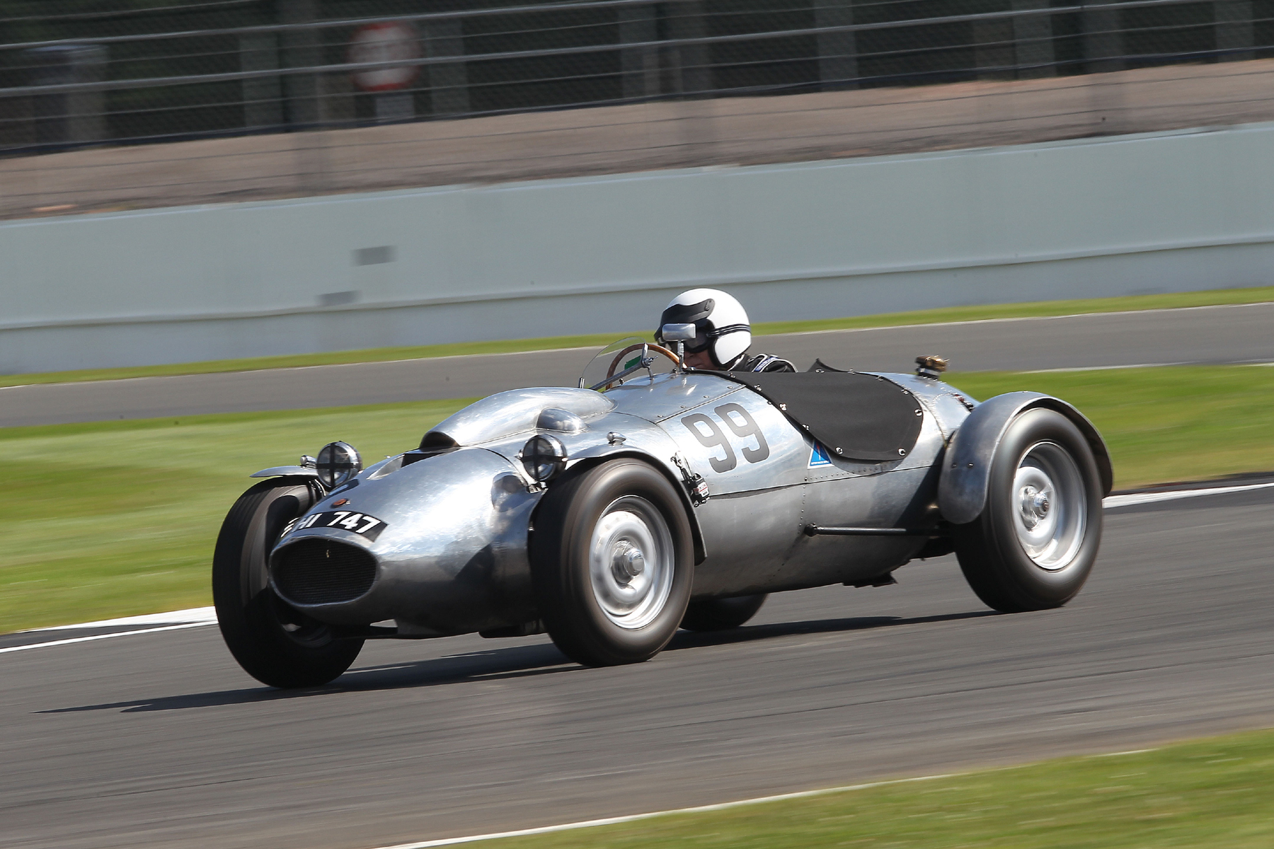 Peter Campbell in the unique Wingfield Bristol Special  Photo - Mick Walker