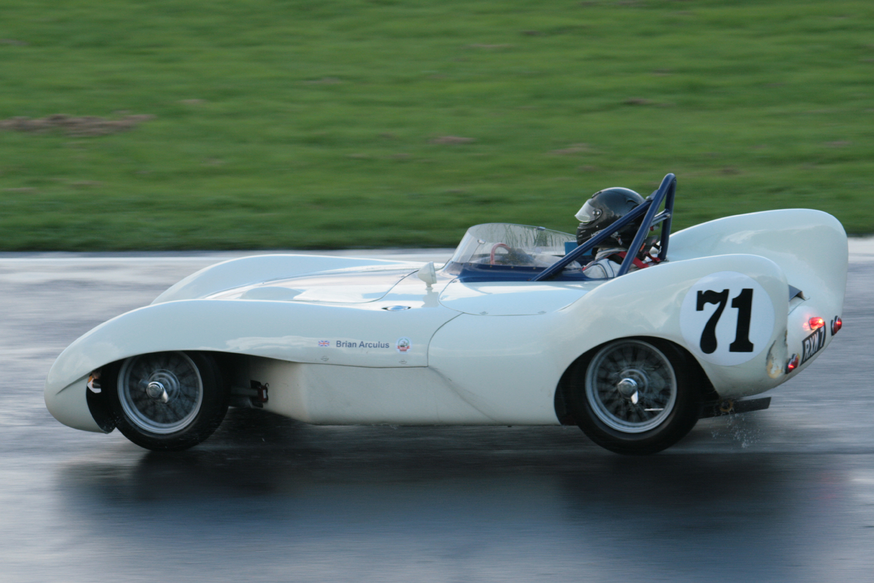 Brian Arculus took the Lotus IX to 6th overall. The tail shows signs of damage (see text) Photo - John Turner