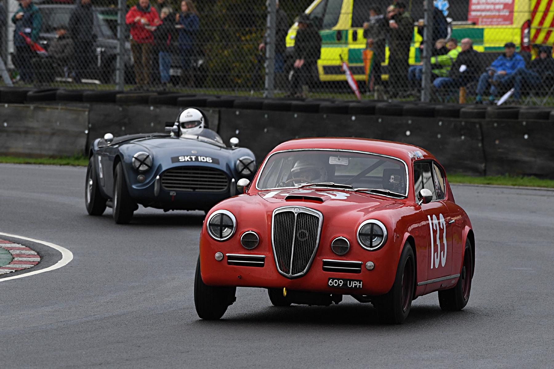 Louise Kennedy (Lancia Aurelia) leads Mark Morgan (AC Ace Bristol) through Quarry  Photo - Jeff Bloxham