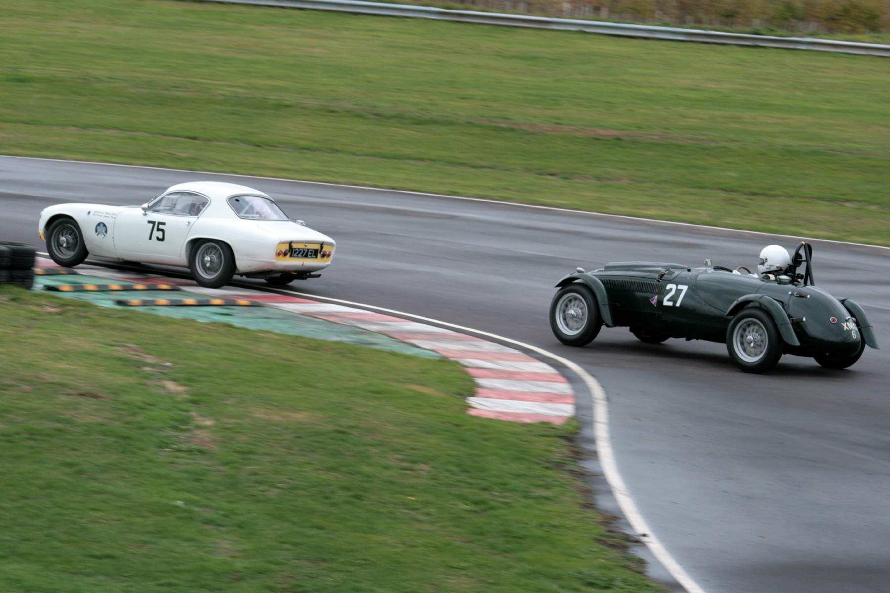 Robin Ellis has just taken the lead from Martyn Corfield going into the Esses  Photos - John Turner