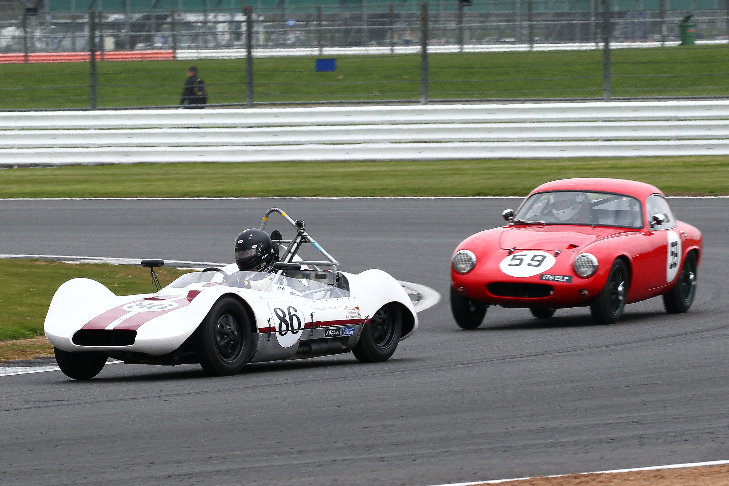 Ralf Emmerling's Elva Mk5 leads Dougal Cawley's Lotus Elite Photo - Richard Styles