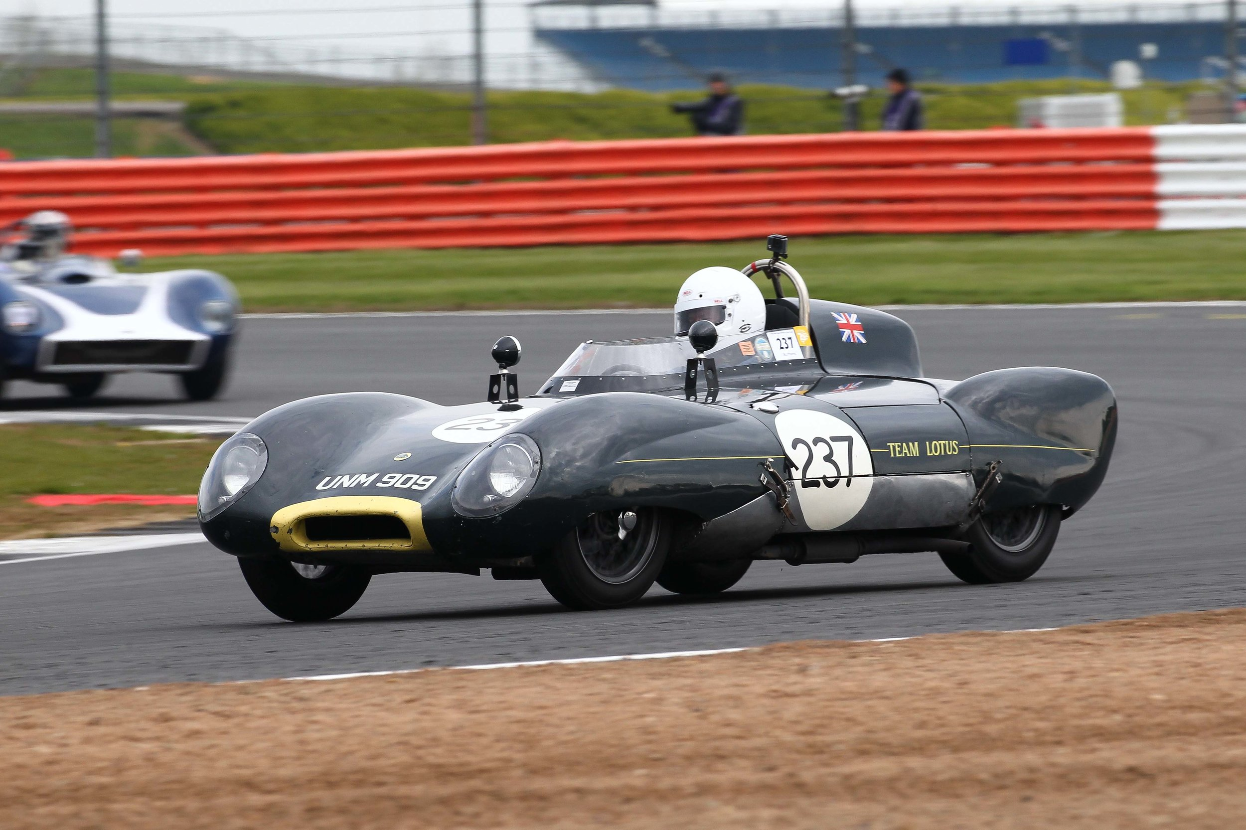 Simon Kelleway's Lotus 11 . Photo - Richard Styles