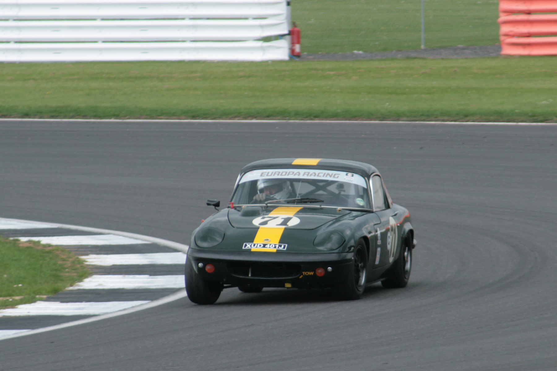 A potential podium place was sacrificed by the Jim Dean/Julian Barter Lotus Elan which received a penalty for pitting outside the pit stop window. It was classified 7th . Photo - John Turner