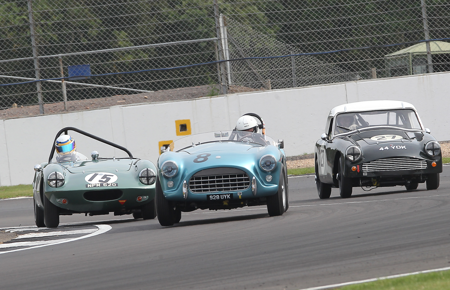 Qualifying can get pretty busy L - R , Richard Woolmer, Adrian King & Mark Hoble  Photo - Mick Walker