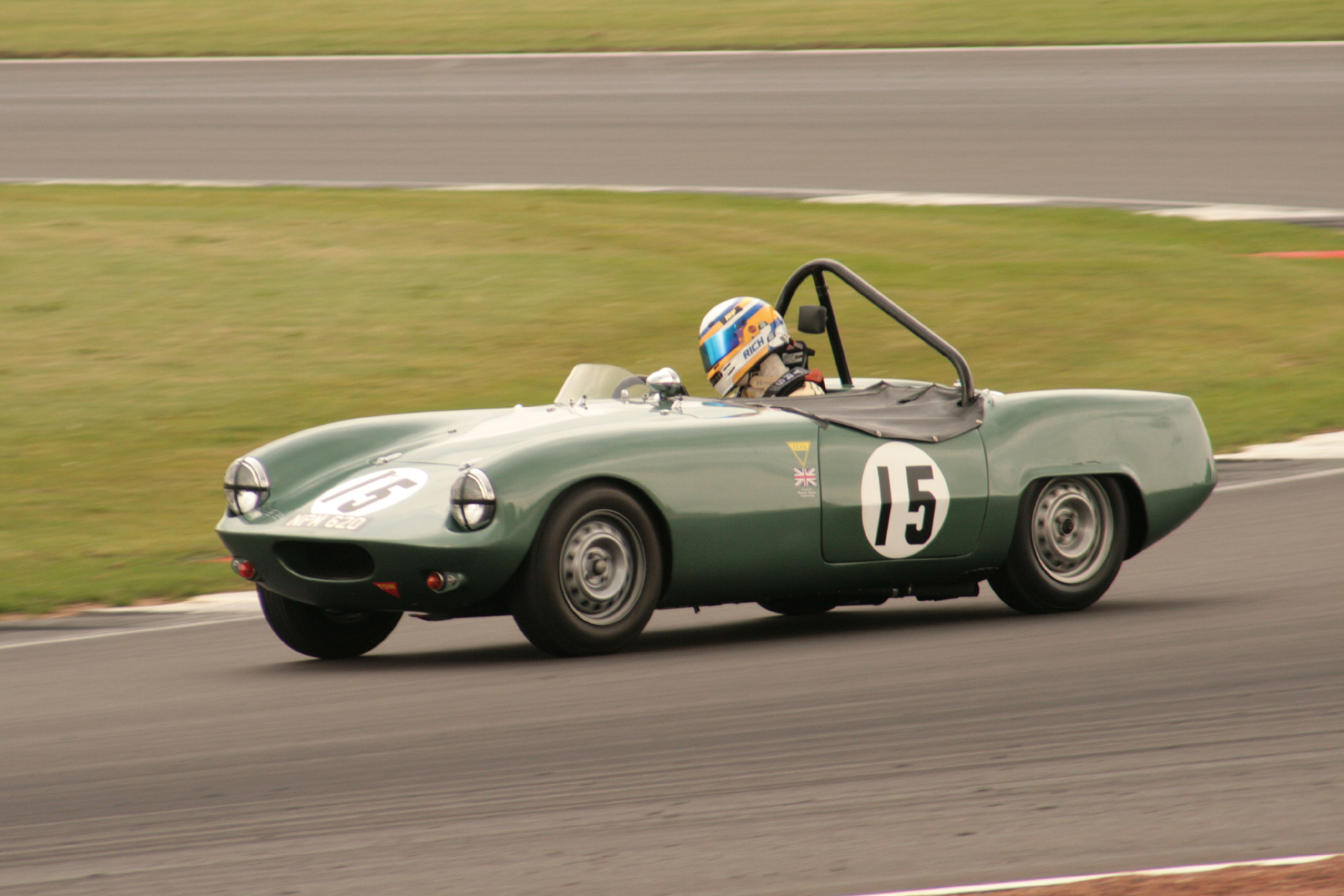 In the zone …. and in the lead. Richard Woolmer in the Elva Courier  Photo - JT