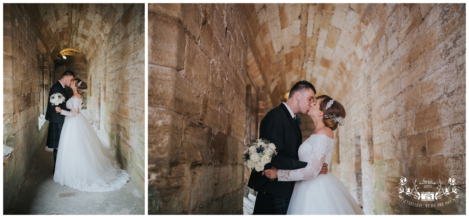 Linlithgow Palace and Beancross wedding_0032.jpg