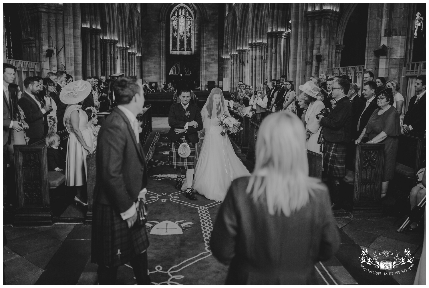 St Michael's Linlithgow and Carlowrie Castle Wedding, Scottish wedding photography, Picturesque by Mr and Mrs M_0020.jpg