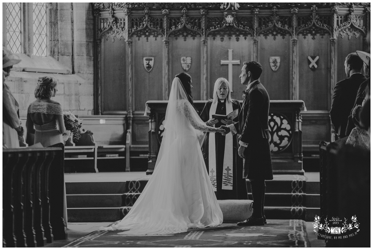 St Michael's Linlithgow and Carlowrie Castle Wedding, Scottish wedding photography, Picturesque by Mr and Mrs M_0022.jpg