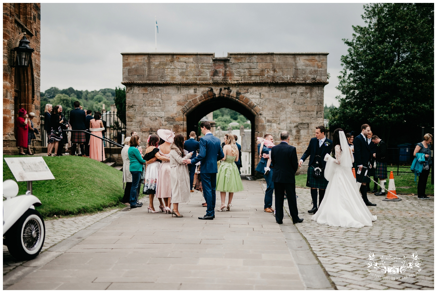 St Michael's Linlithgow and Carlowrie Castle Wedding, Scottish wedding photography, Picturesque by Mr and Mrs M_0027.jpg