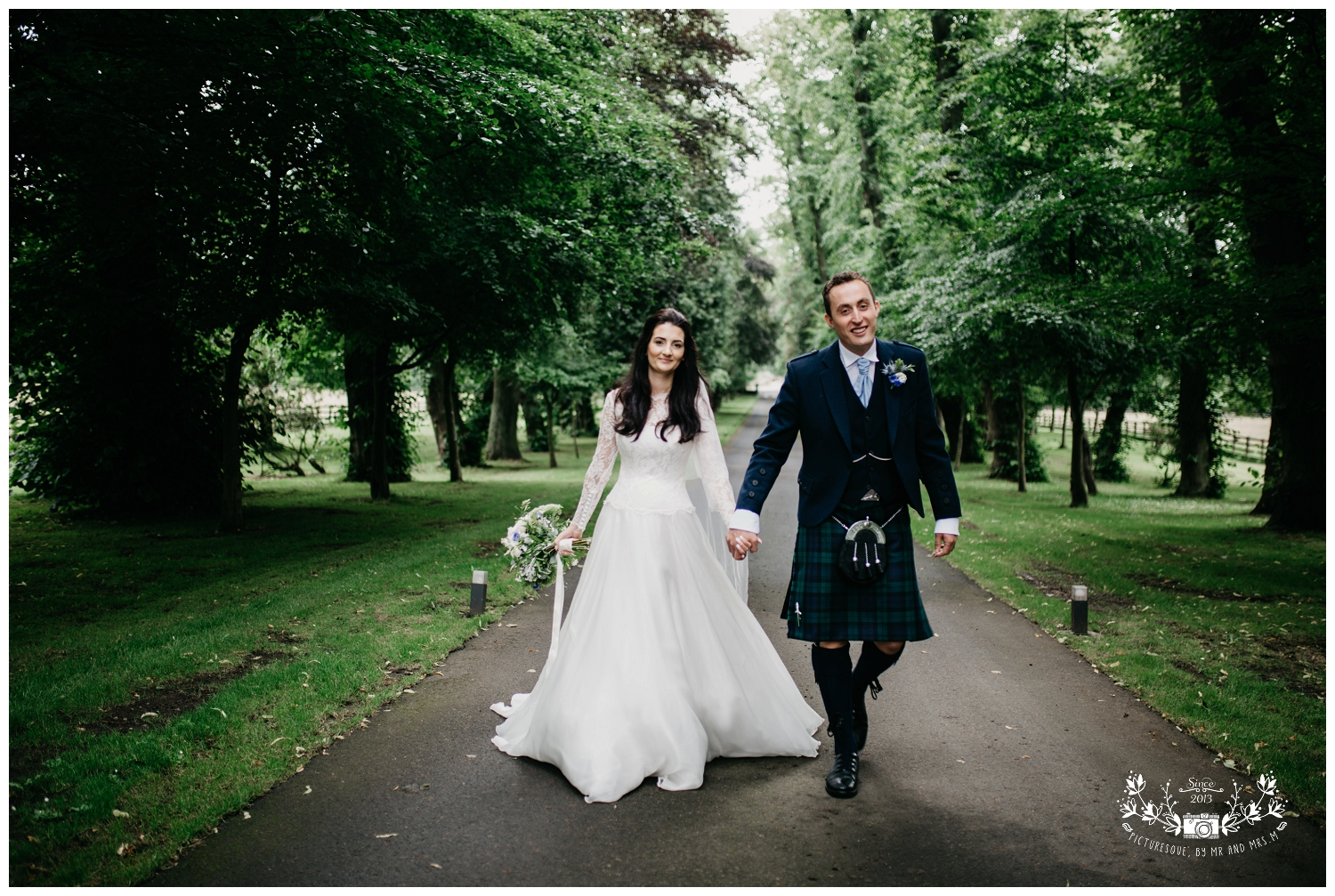 St Michael's Linlithgow and Carlowrie Castle Wedding, Scottish wedding photography, Picturesque by Mr and Mrs M_0031.jpg