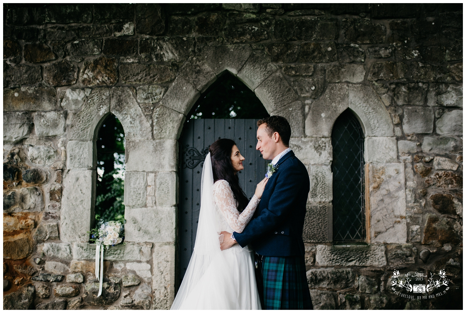 St Michael's Linlithgow and Carlowrie Castle Wedding, Scottish wedding photography, Picturesque by Mr and Mrs M_0043.jpg