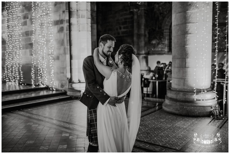 Mansfield Traqauir, Edinburgh, scottish wedding photographer, Picturesque by Mr and Mrs M_0090.jpg