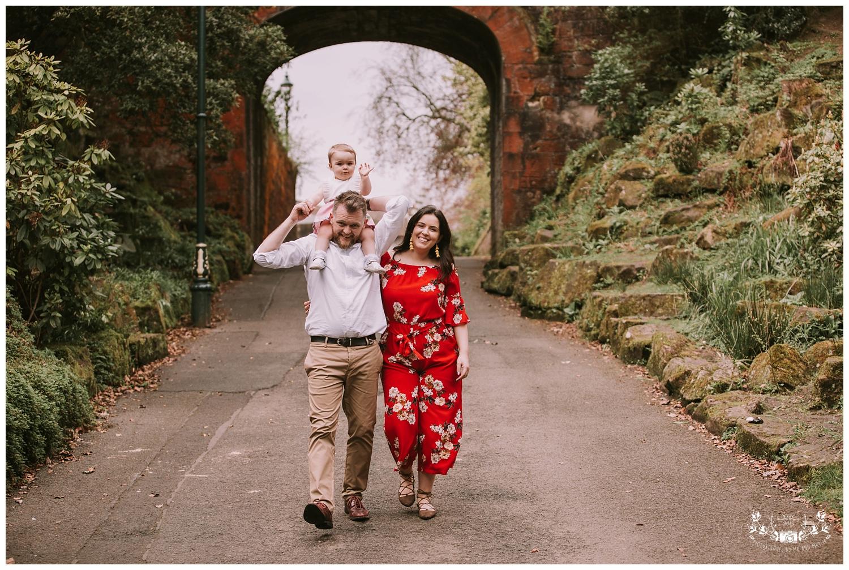 Family Photoshoot, Pittencrief Park, Dunfermline_0007.jpg