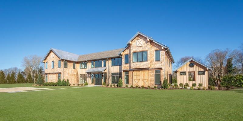 2019 Holiday Hampton House