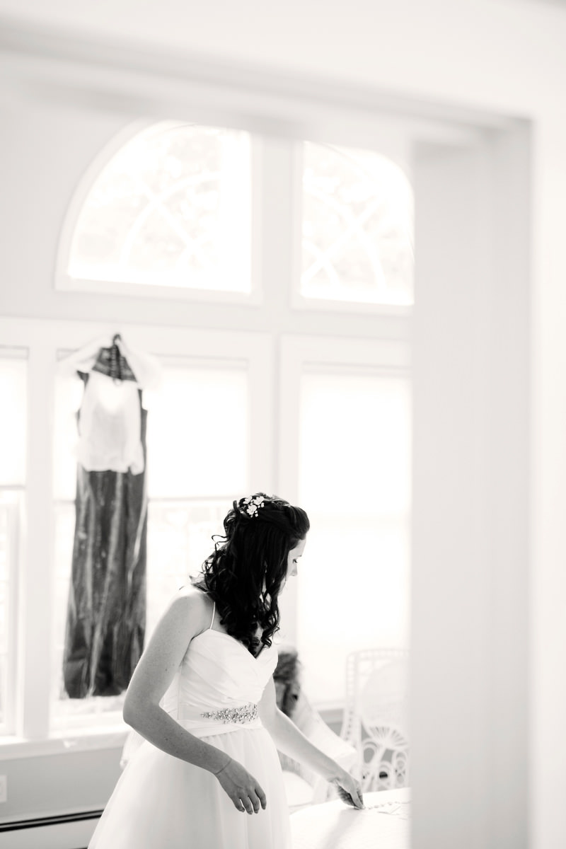 Old_Manse_Wedding_Concord_MA_Andrew_and_Alexandra_005