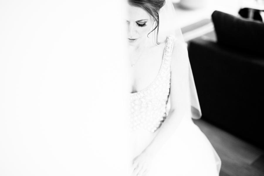 ames-hotel-wedding-prep