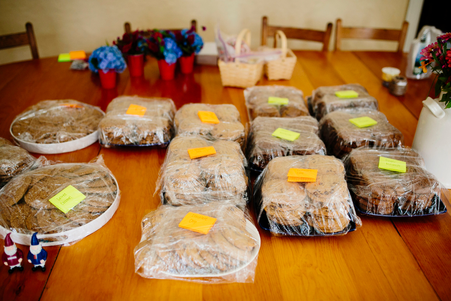 homemade cookies for wedding guests