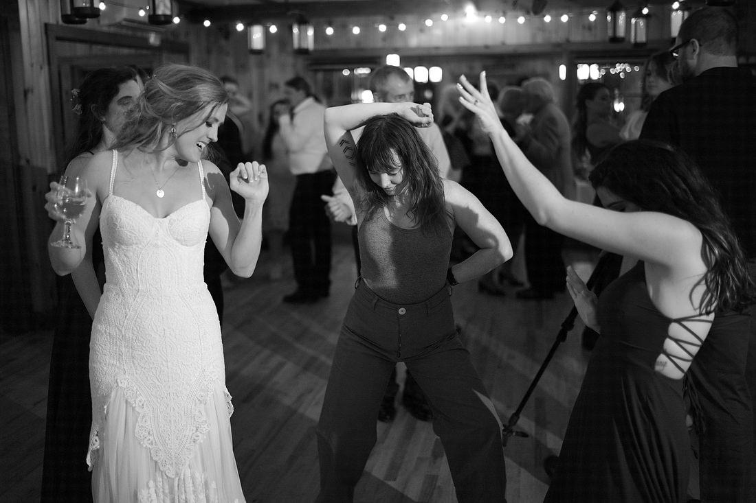 Migis_Lodge_Wedding_in_Maine-186.JPG