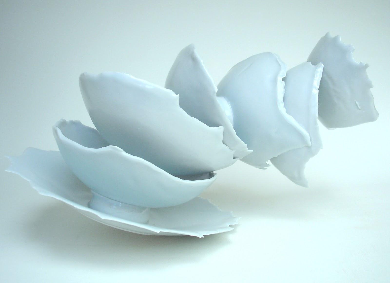 Taja porcelain