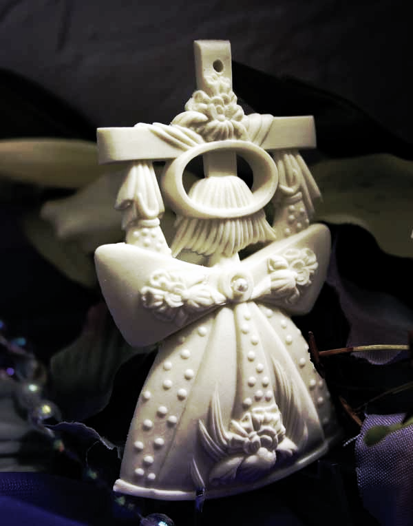 "The anonymous presence of unseen angels among us...    3"" Angel Ornament (Item# A3C07)"