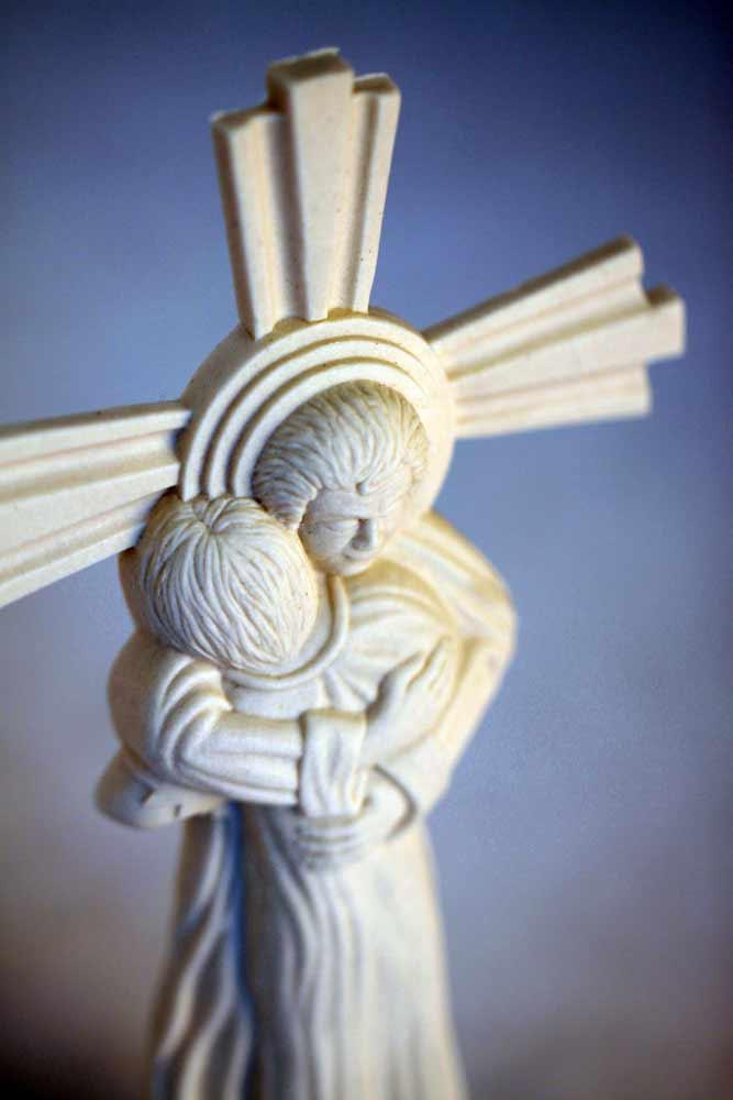 CAG1 Found porcelain figurine