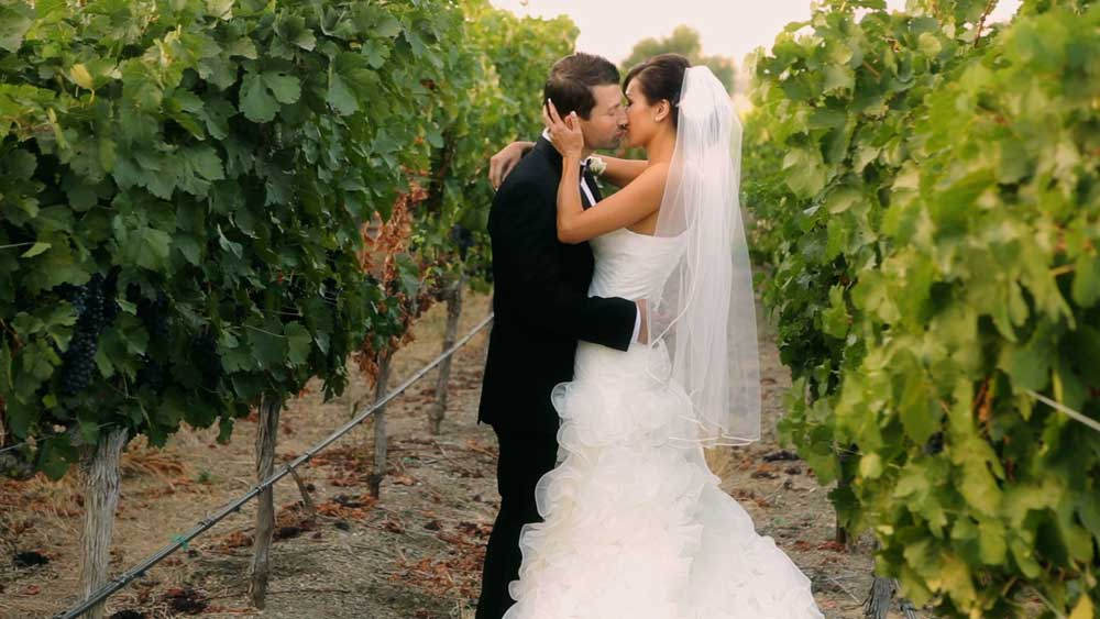 bride_groom_vineyard_pleasanton