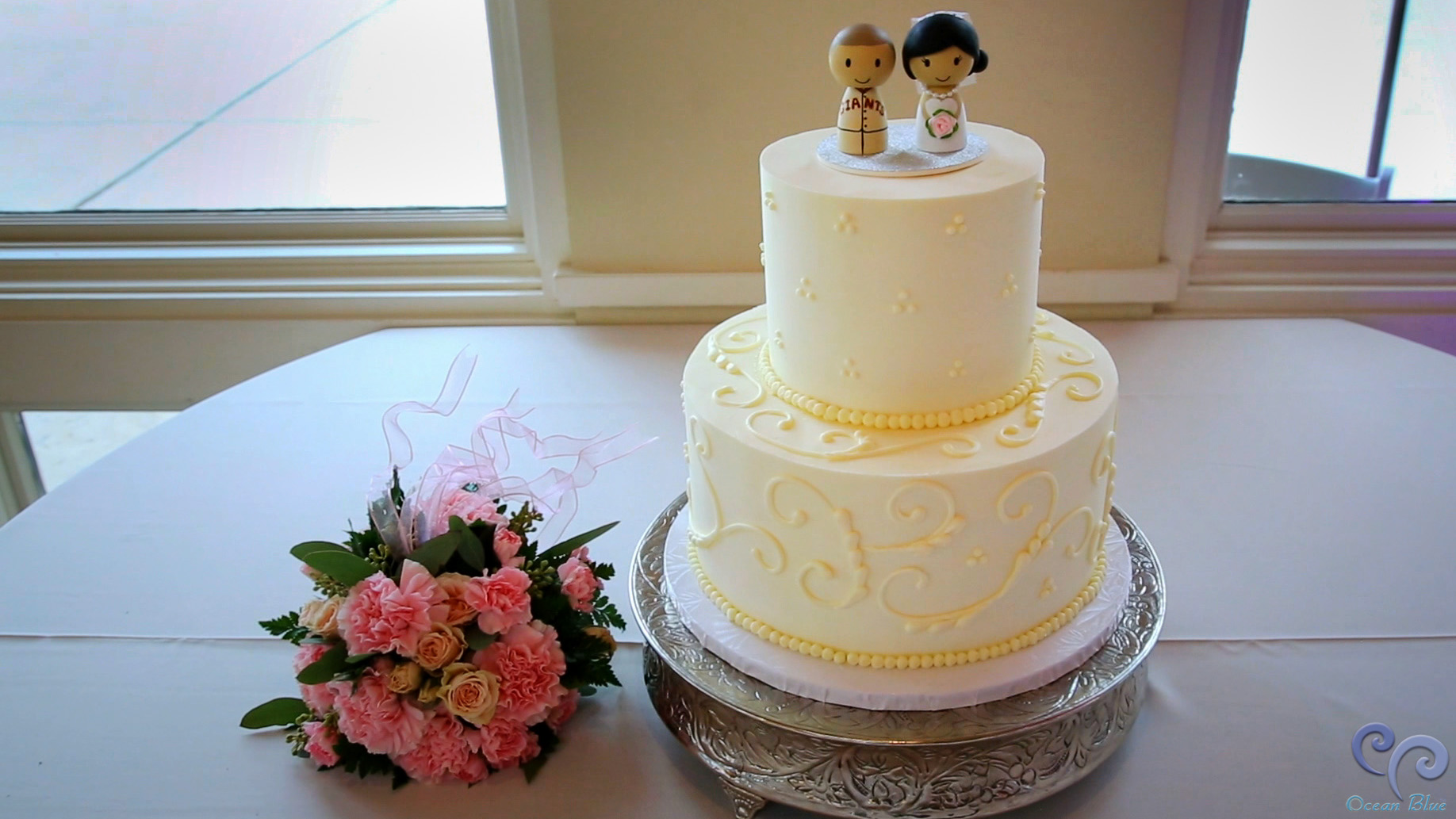cinnabar_golf_wedding_cake.jpg