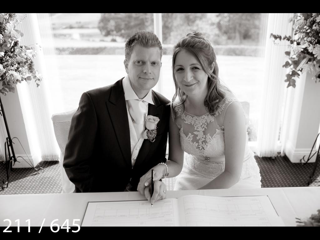 Emma & Stuart-211.jpg