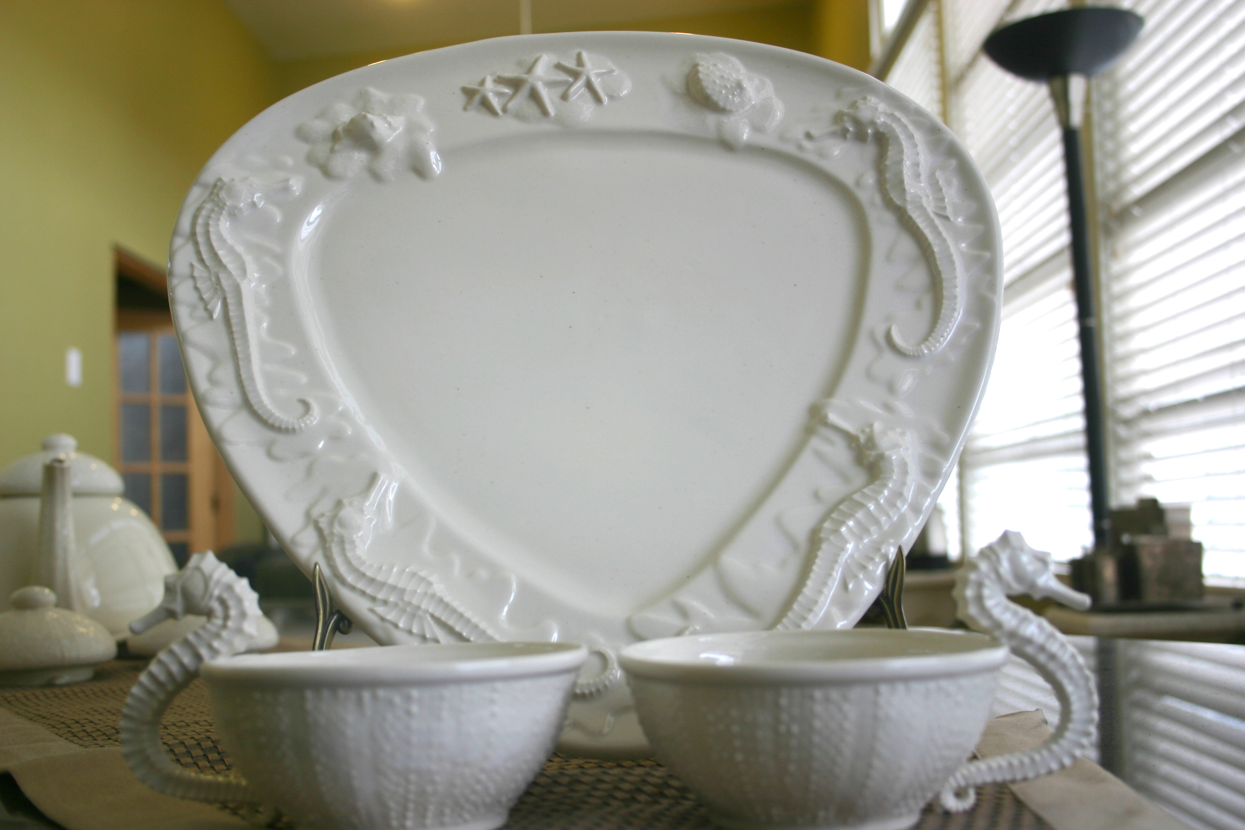 Seahorse & Starfish Platter with teacups