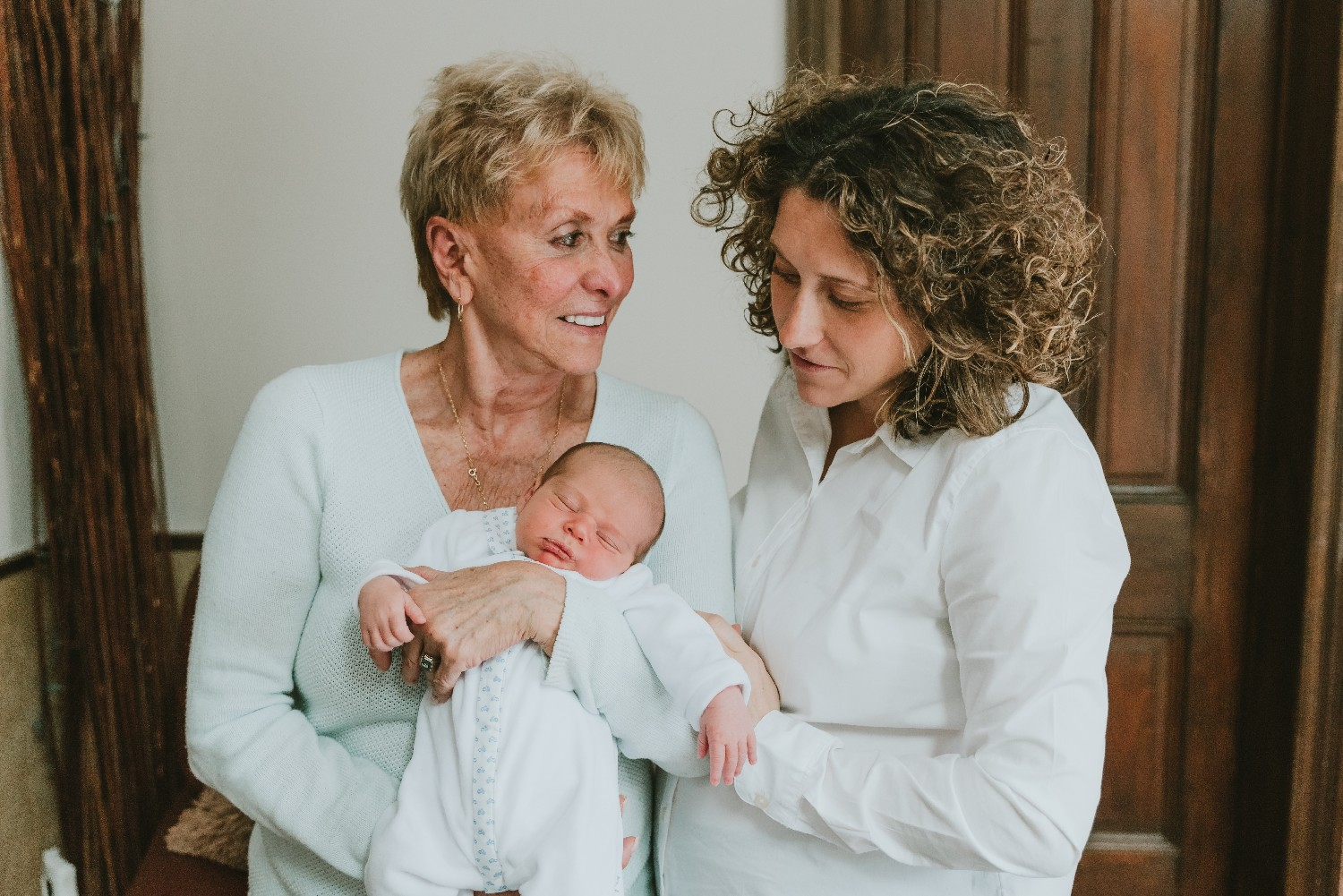Lifestyle Newborn Photographer Monmouth County New Jersey