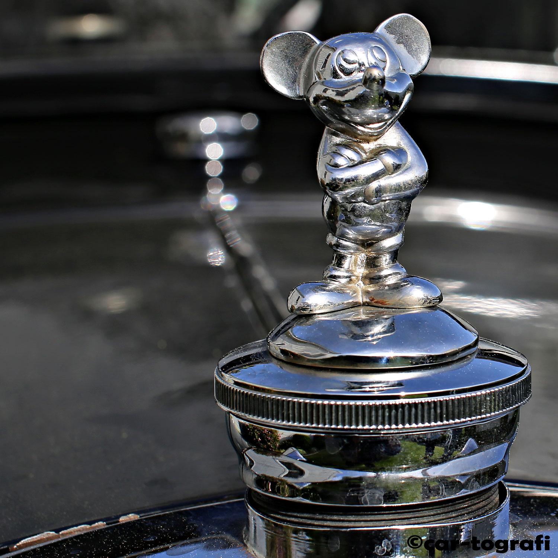 1928-tudor-ford-model-a-radiator-cap-the-mouse-car-tografi.jpg