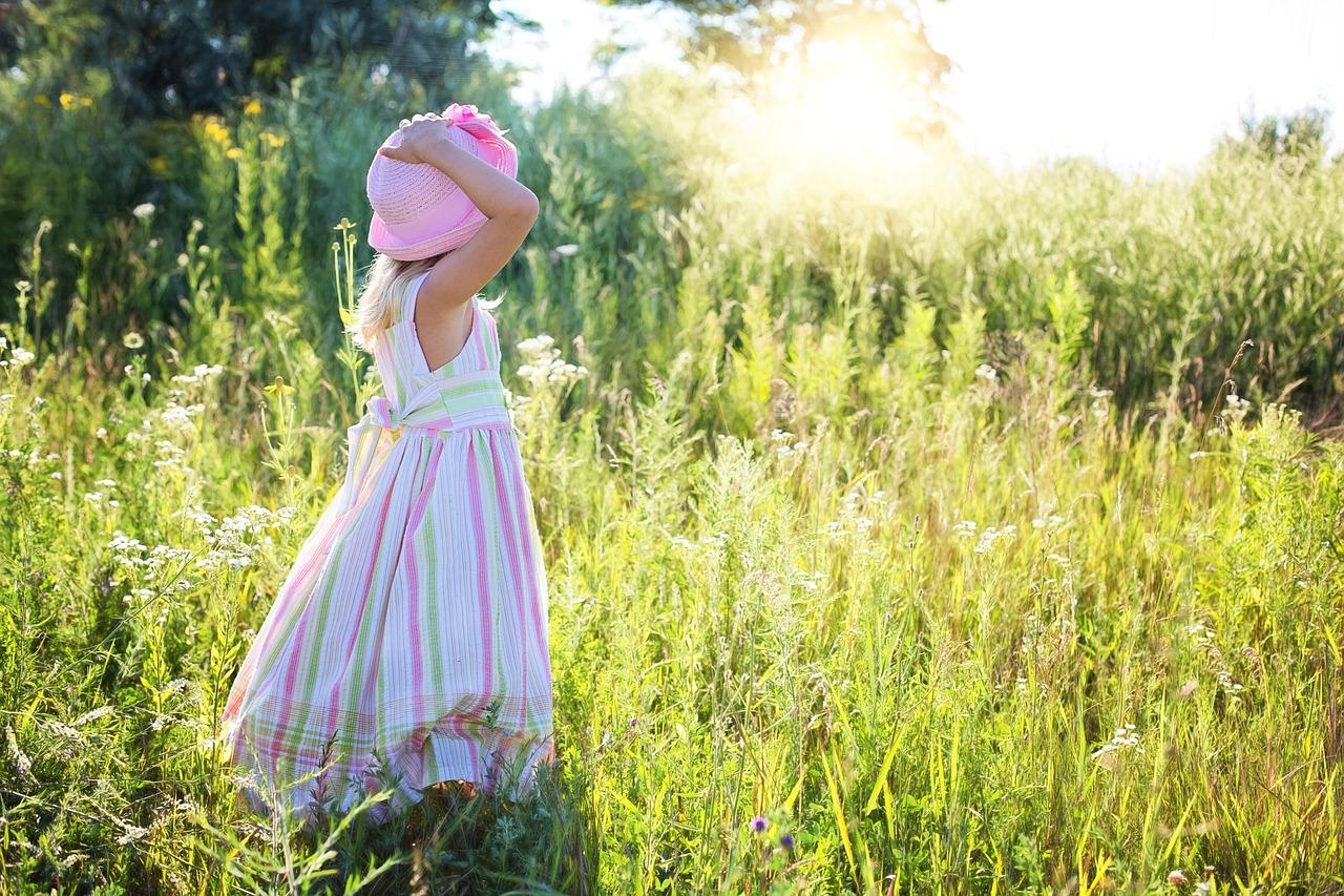 little-girl-2516582_1280.jpg