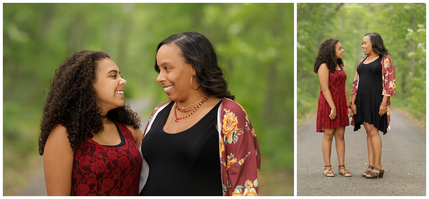 family photo session at Ryan Park in North Kingstown, RI