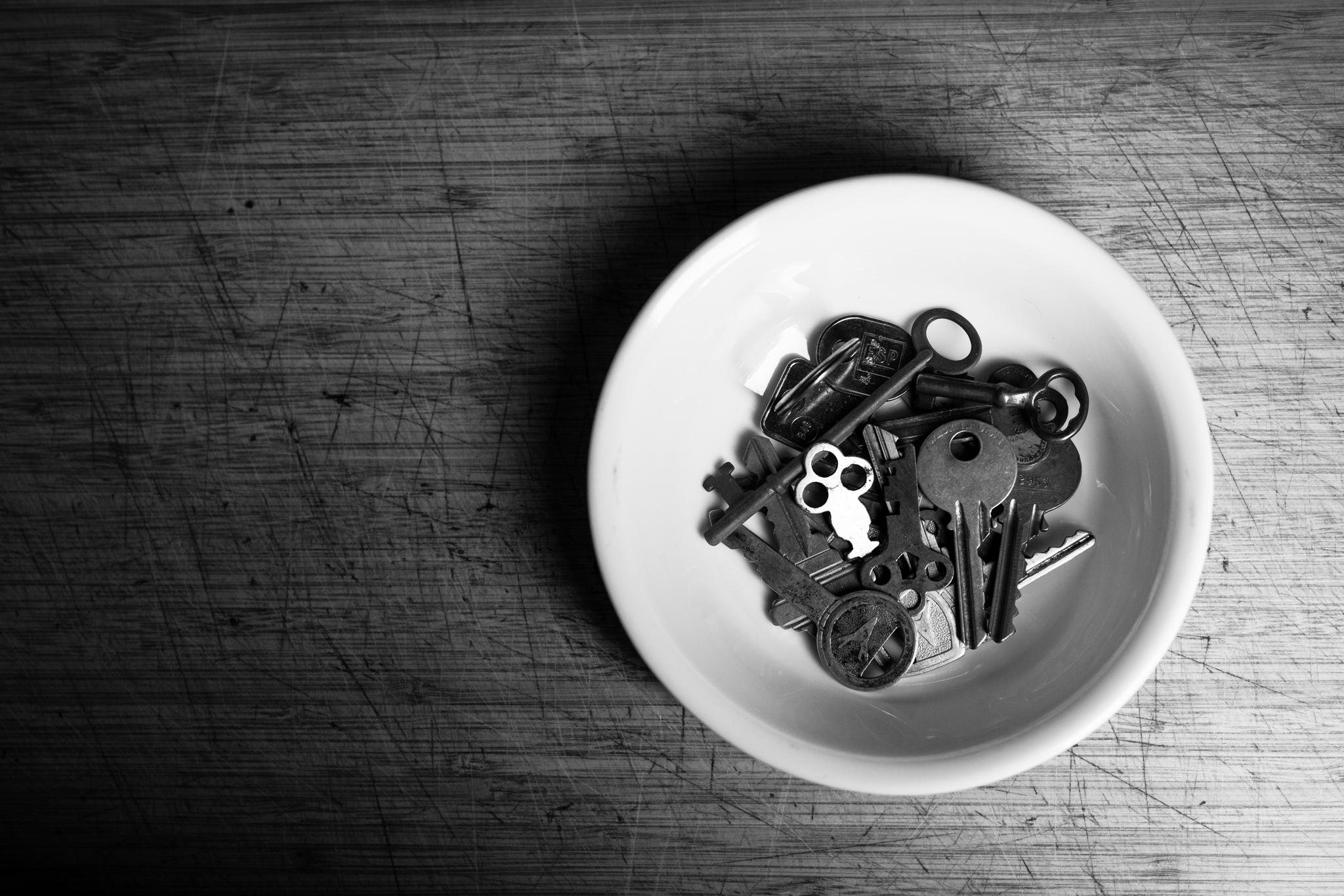keys in a bowl