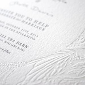 julierado-wedding-invites-badge.jpg