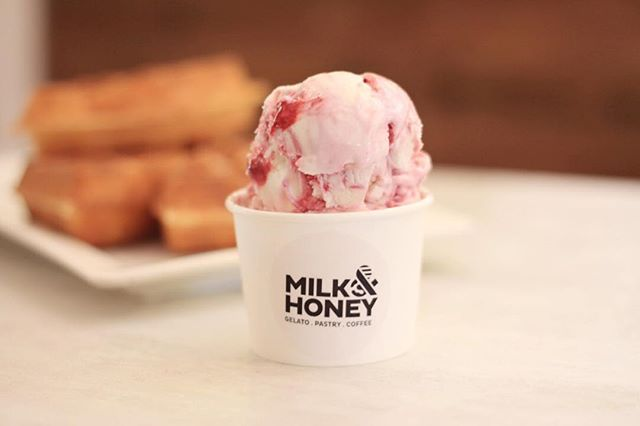 Dear Monday, I want to break up. I'm seeing Tuesday and dreaming about Friday. Sincerely, it's not me, it's you. #milkandhoneygelato blackcurrant cheese cake #gelato 😋