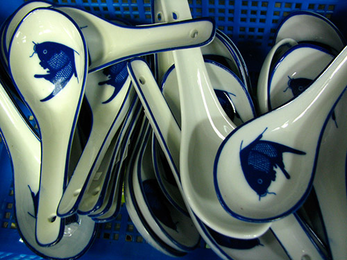 Ming - Blue and white designs, found on Ming vases reminds us of Singapore's heritage and past. The Ming collection reflects the craftsman's ancient skills as he patiently handpainted detailed porcelain designs.