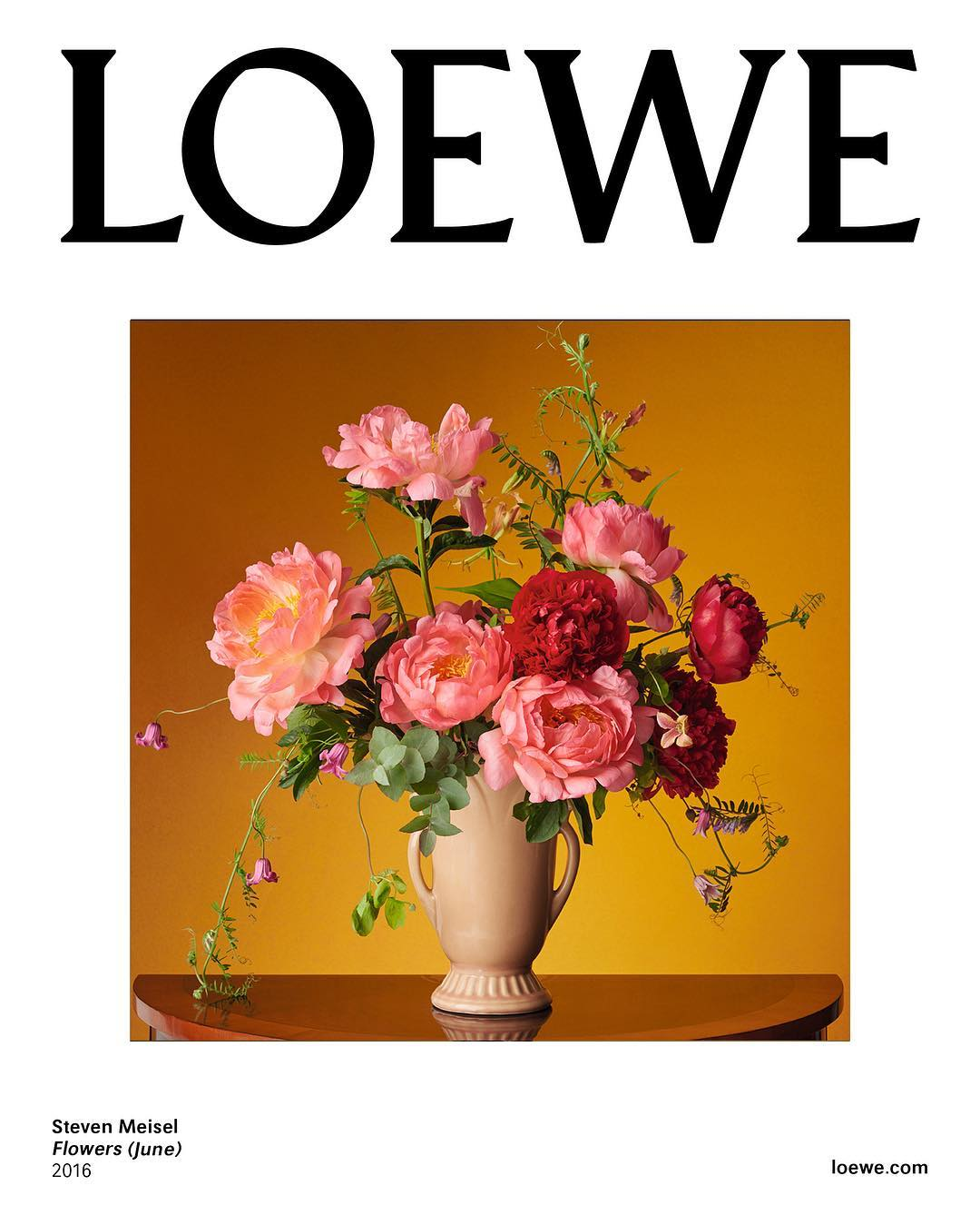 LOEWE- Photo by Steven Meisel. Set Design by Mary Howard. Creative Direction by Jonathan Anderson.