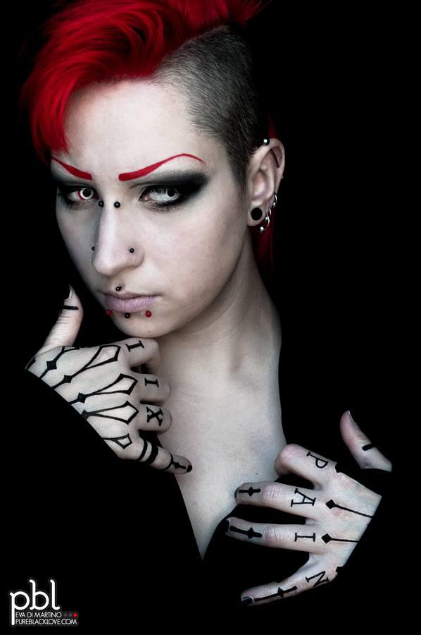 Model: Eva Di Martino - Pureblacklove.com