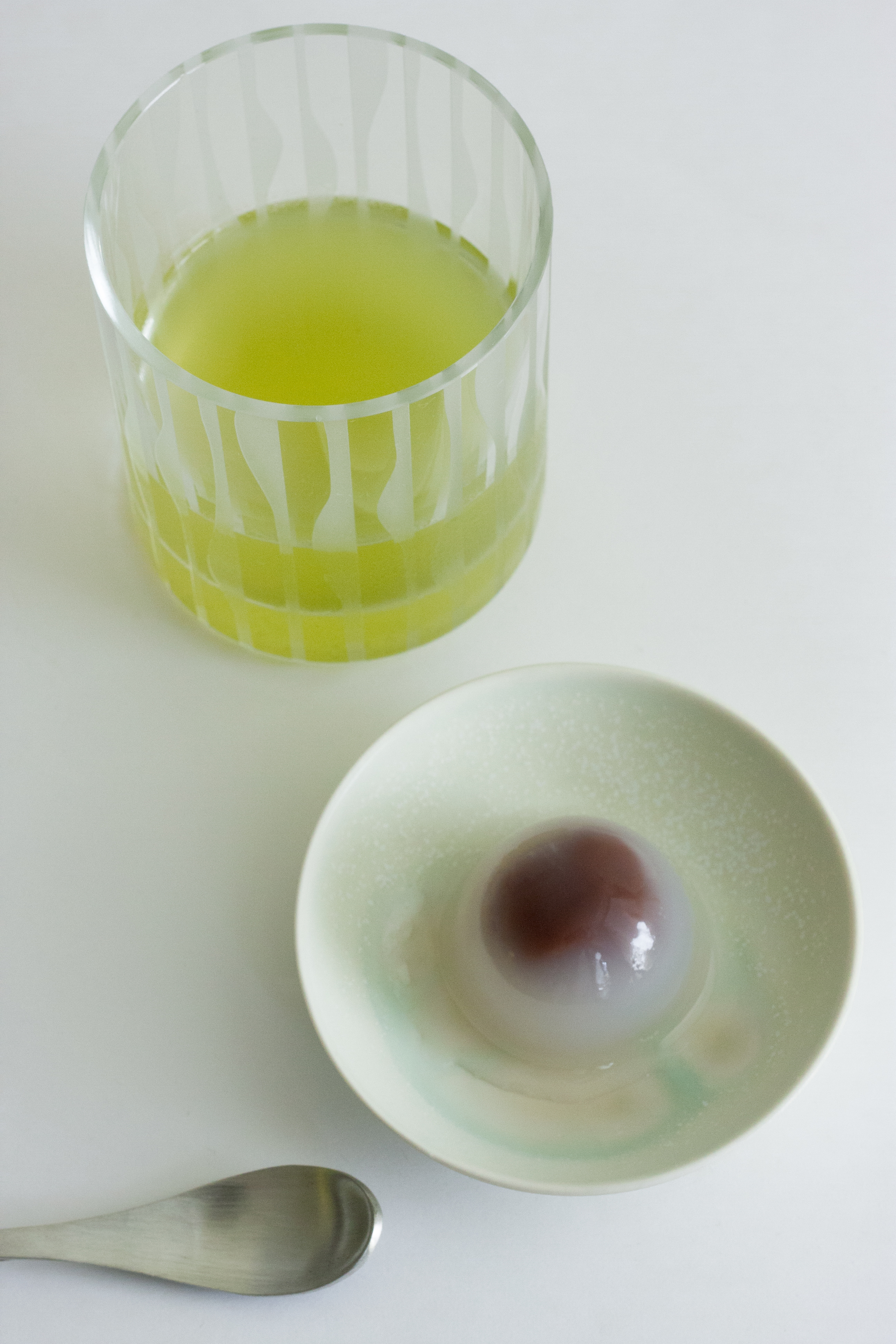 Small plate by Aya Yuki from Ishikawa. On the plate is one of our Summer favorites, Kuzu Manju from Hanazono Manju.