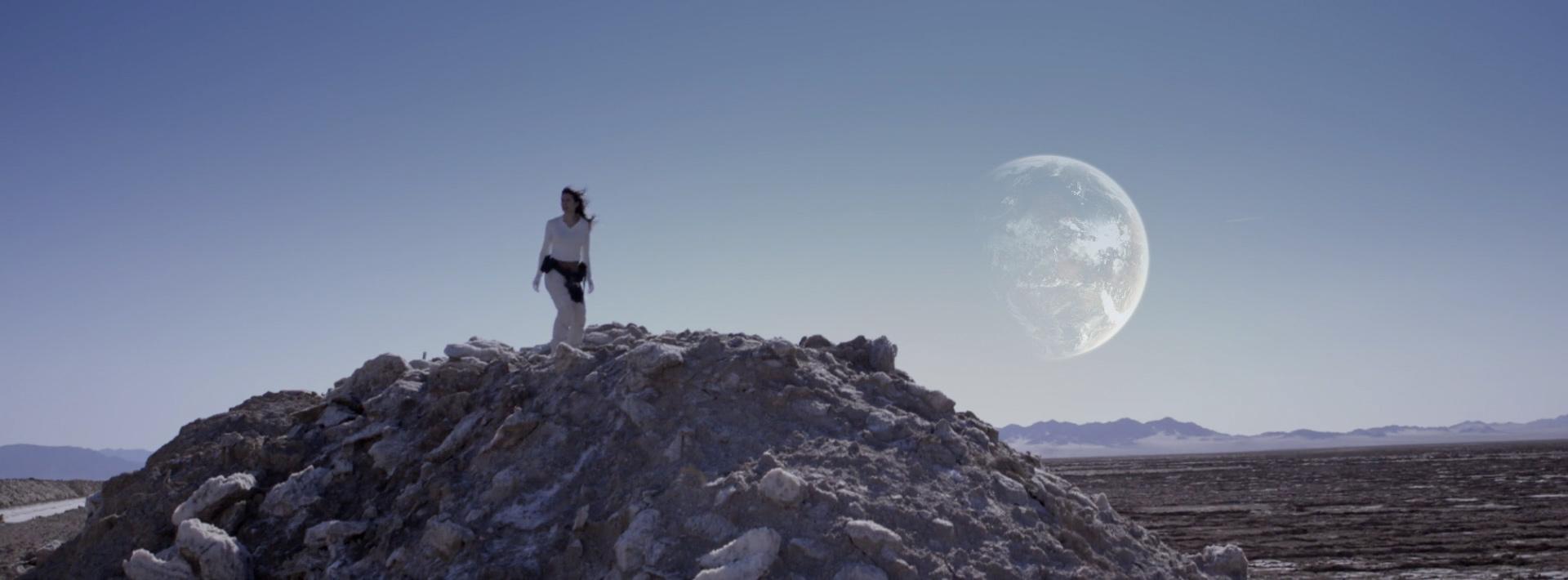 beautifully-shot-sci-fi-short-film-beyond-22.jpg