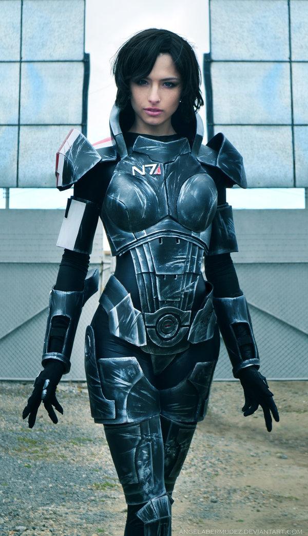 Amazing Mass Effect Female Shepard Cosplay Geektyrant