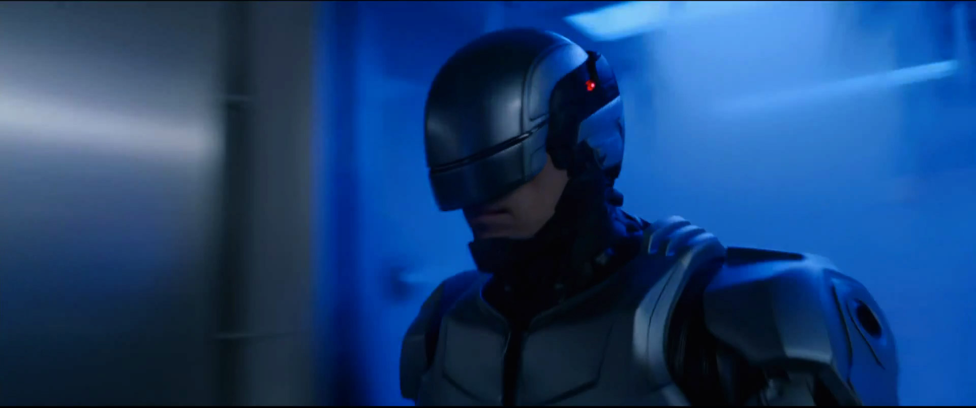 first-awesome-trailer-for-robocop-22.jpg