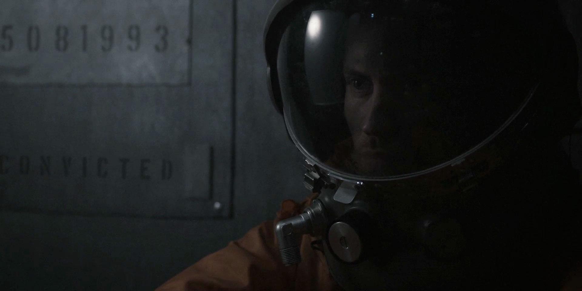 seriously-cool-sci-fi-short-film-lunar-11.jpg