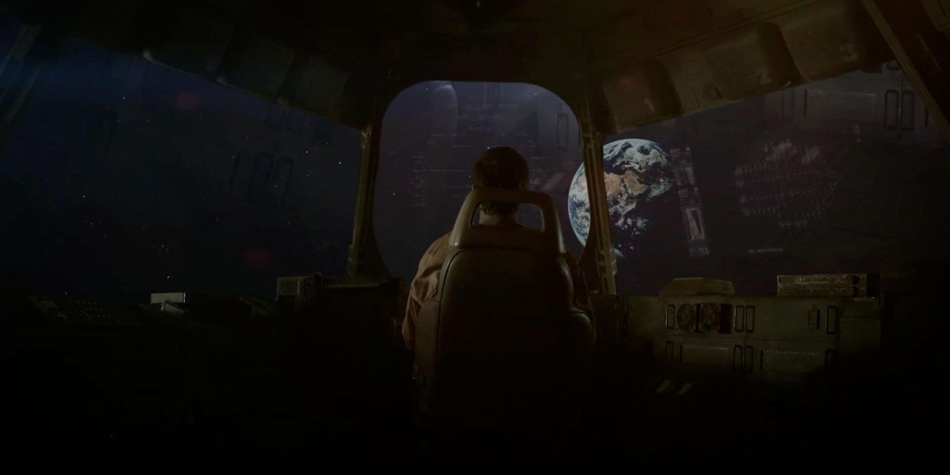 seriously-cool-sci-fi-short-film-lunar-13.jpg