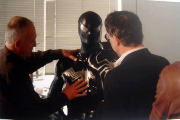 unused-black-spider-man-and-venom-costumes-for-spider-man-31